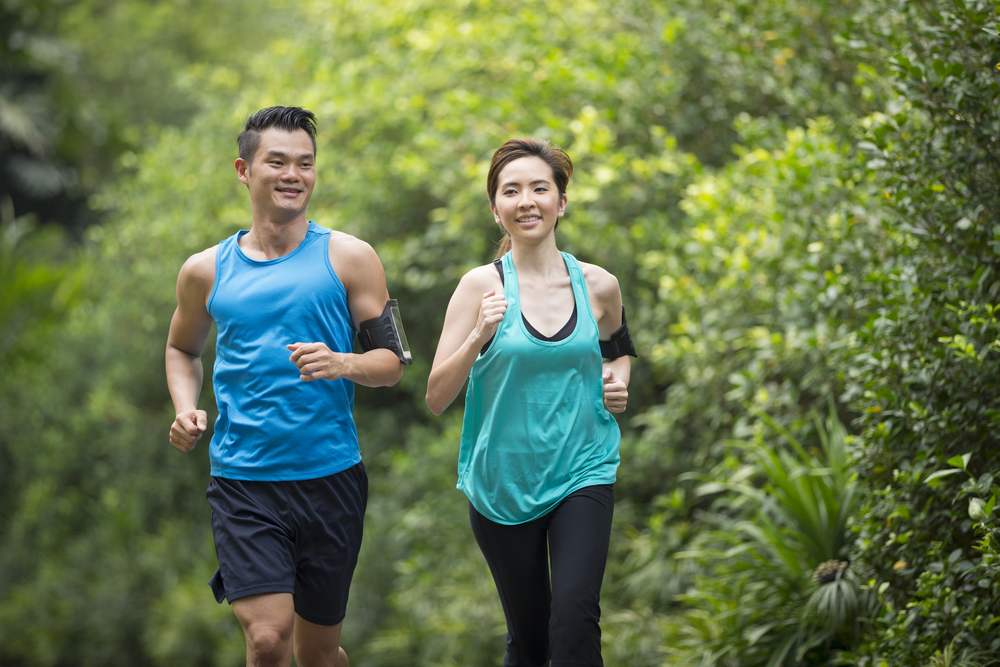 exercising man and woman - how to care for a loved one with asthma
